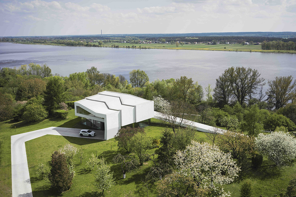 By the Way House designed by KWK Promes